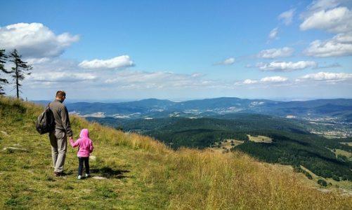 Perché scegliere la montagna per una vacanza coi ragazzi